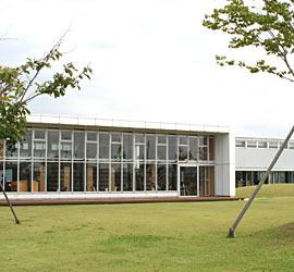 ひらた図書センター外観画像1