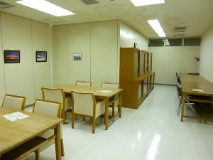 閲覧室の内部の様子の画像