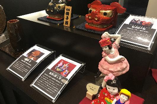 伝統工芸品展示の画像