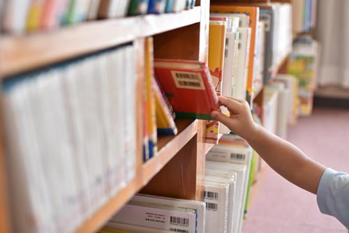キッズコーナー本棚のイメージ画像